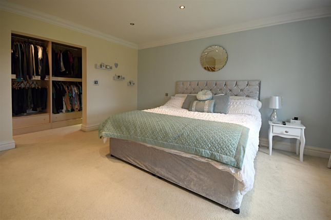 Thumbnail Semi-detached house to rent in Main Road, Westerham