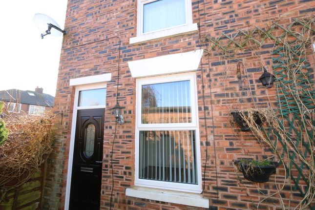 Thumbnail Terraced house to rent in Off Vaudrey Lane, Denton, Manchester