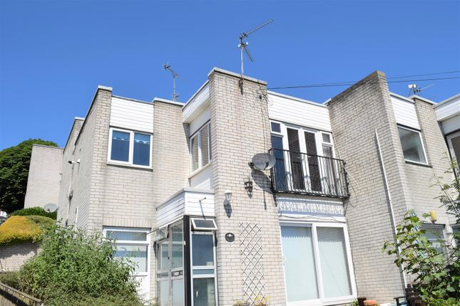 Thumbnail Maisonette for sale in Romilly Road, Barry