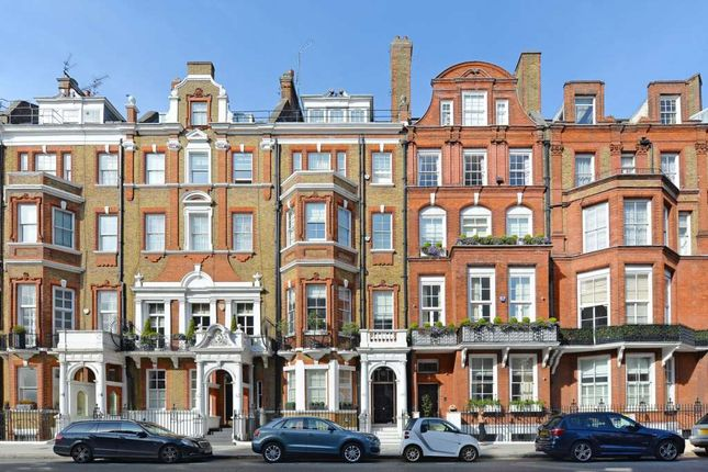 Thumbnail Terraced house for sale in Pont Street, London