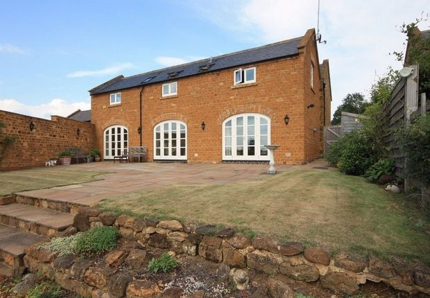 4 bedroom detached house for sale in Stable Lane, Church Brampton, Northampton