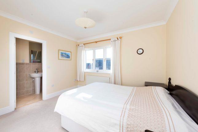Bedroom of Howcombe Gardens, Napton, Southam CV47