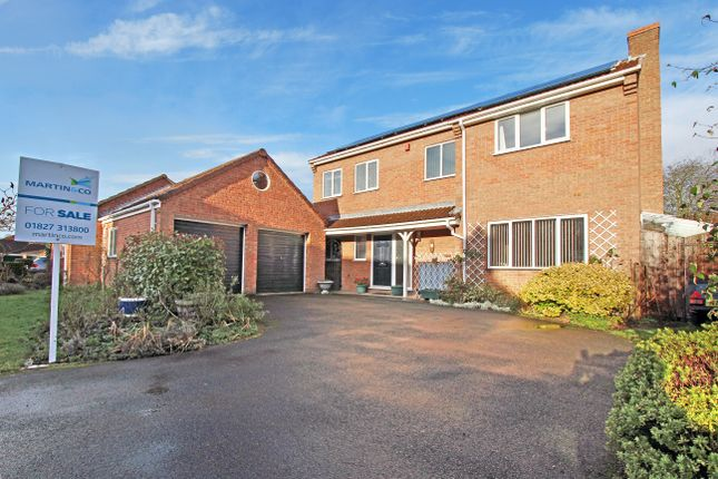 Thumbnail Detached house for sale in Sunningdale, Amington, Tamworth, Staffs