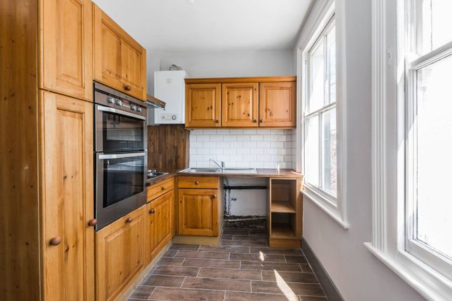 Thumbnail Flat for sale in Imperial Road, Wood Green