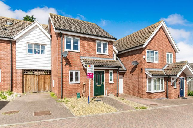 Thumbnail Terraced house for sale in Jamestown Close, Harwich