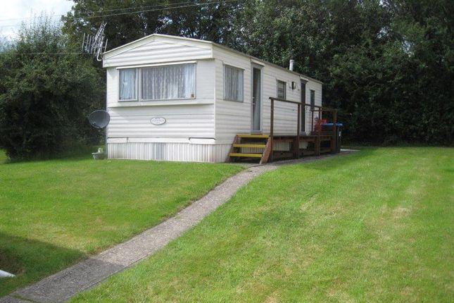 Thumbnail Property to rent in Orchard Paddock, Whitewood Lane, South Godstone, Surrey
