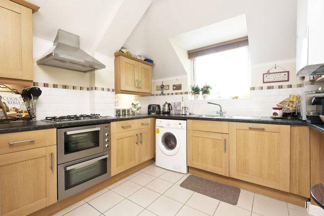 Thumbnail Flat to rent in York Road, East Barnet, Barnet