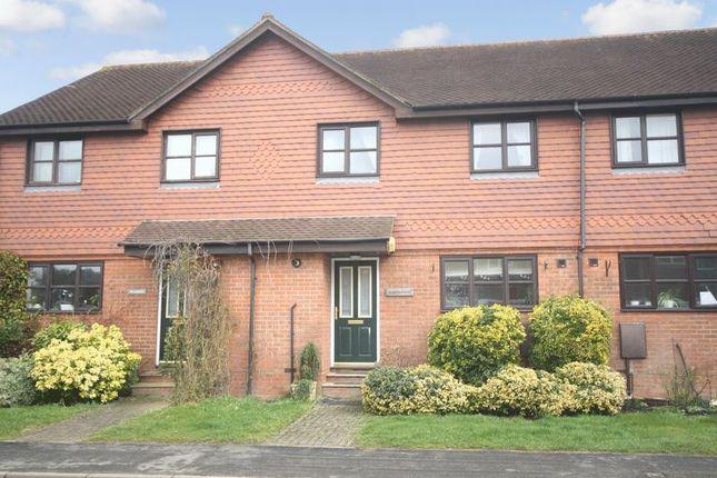 Thumbnail Terraced house for sale in Mill Hill, Edenbridge