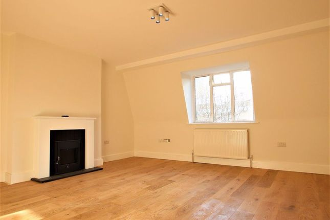 Thumbnail Flat to rent in Hornsey Lane, London