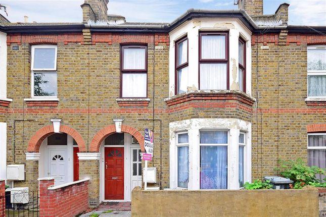 Thumbnail Maisonette for sale in Lloyd Road, London