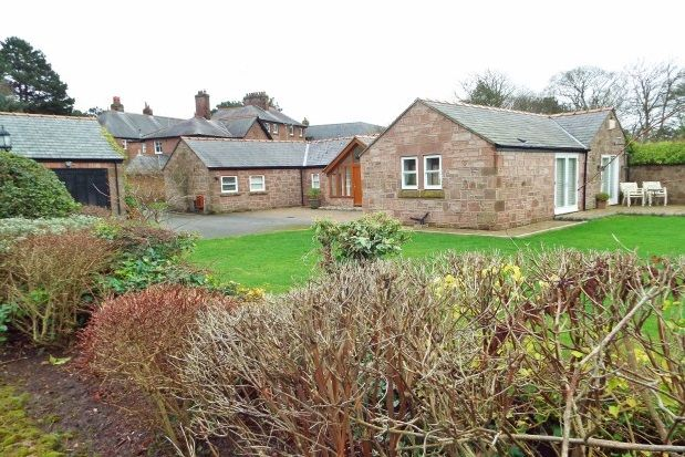 Thumbnail Detached bungalow to rent in Montgomery Hill, Caldy, Wirral