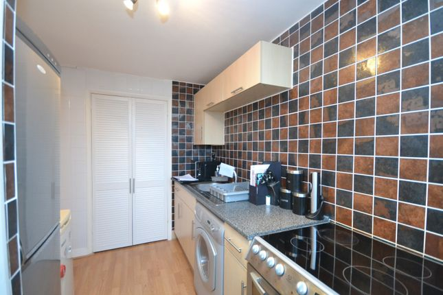 Thumbnail Flat to rent in Westwell Close, Orpington