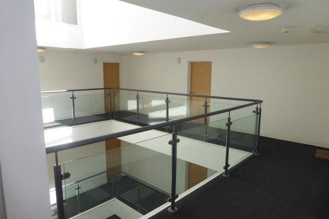 P1040747 of The Atrium, 141-143 London Road, Liverpool L3