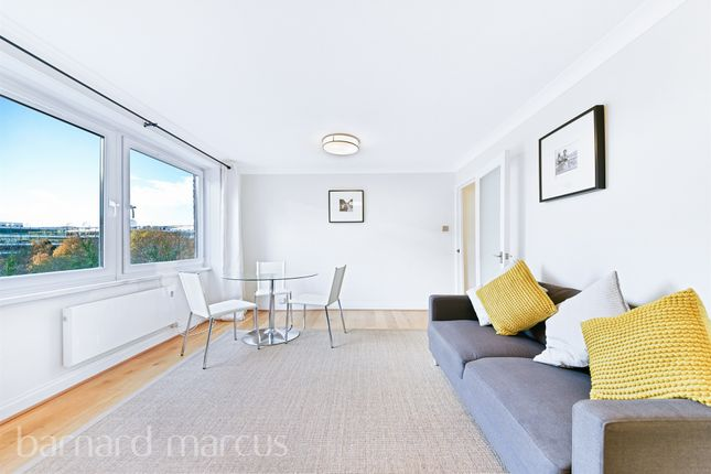 3 bed flat for sale in Chiswick High Road, London W4