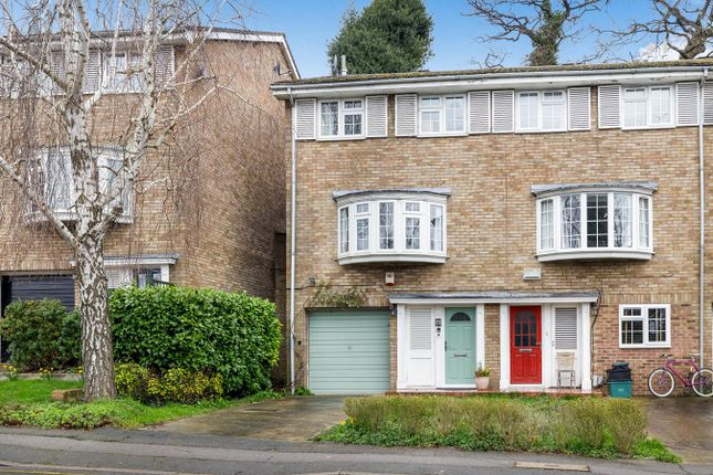 Thumbnail Town house for sale in Highland Road, Bromley