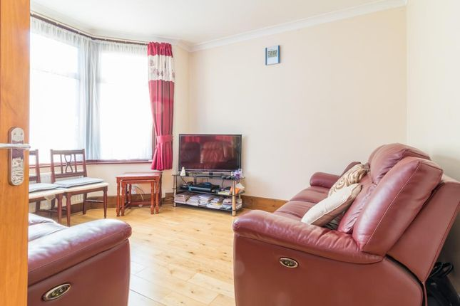 Thumbnail Terraced house for sale in Hickling Road, Ilford