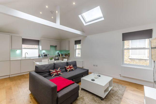 Thumbnail Flat to rent in Four Bed Duplex, Radbourne Road, Balham, London