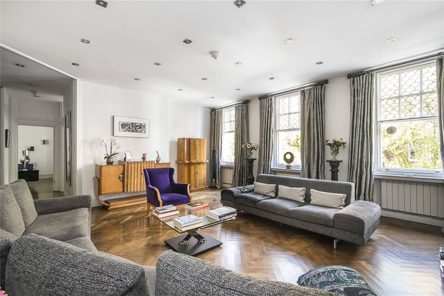 Thumbnail Flat for sale in Embankment Gardens, London