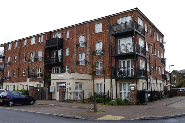 Thumbnail Flat for sale in Gareth Drive, London