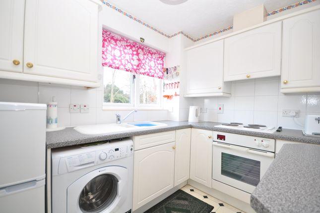 Thumbnail Flat to rent in The Ridings, Paddock Wood, Tonbridge