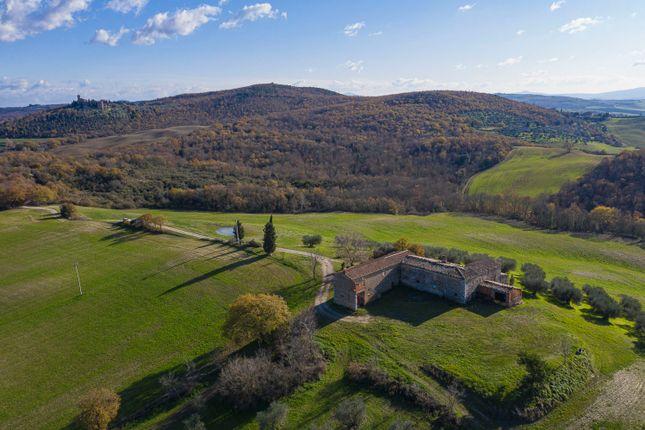 Thumbnail Farm for sale in Pienza, Pienza, Siena, Tuscany, Italy
