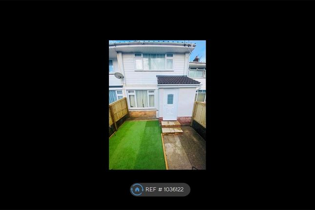 2 bed terraced house to rent in Babbages, Bickington, Barnstaple EX31