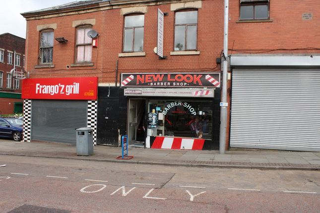 Retail premises to let in King Street, Blackburn