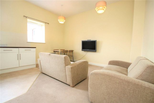 Picture No. 03 of Oxford House, Cheapside, Reading, Berkshire RG1