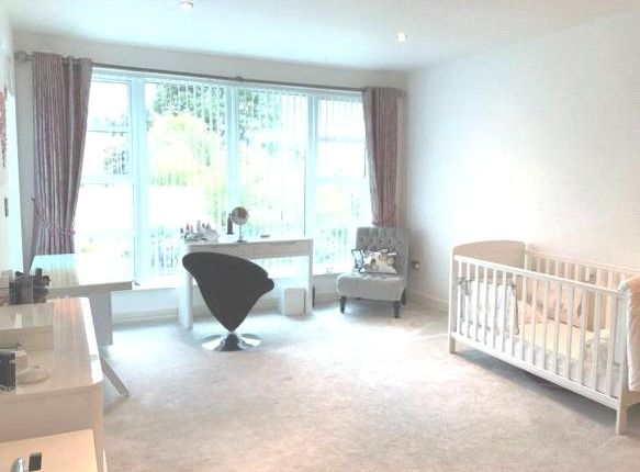 Picture No. 9 of Gardens Road, Lilliput, Poole BH14