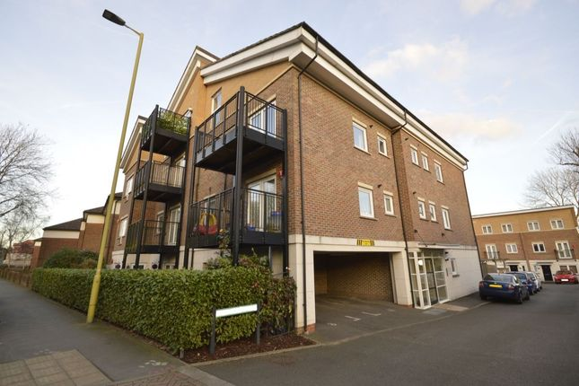 Thumbnail Flat for sale in Melia Close, Watford