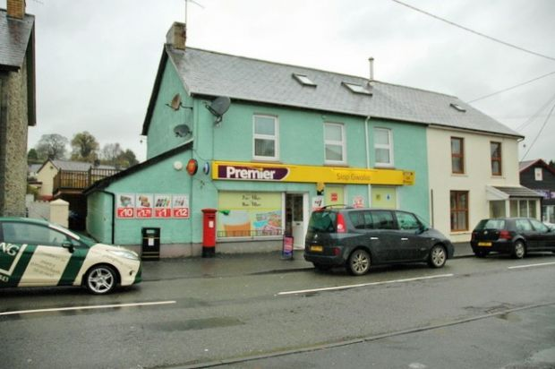 Thumbnail Flat to rent in Drefach, Llandysul, Carmarthenshire