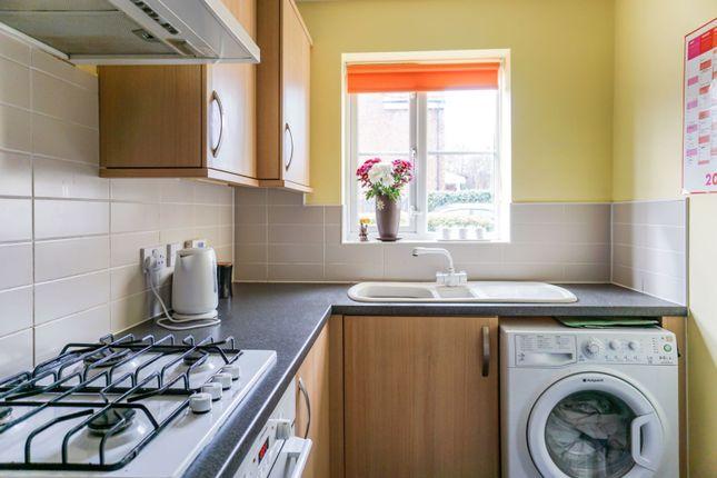Kitchen of Hawthorn Lane, Cleckheaton BD19