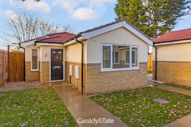 Thumbnail Detached bungalow for sale in Willow Way, St Albans, Hertfordshire