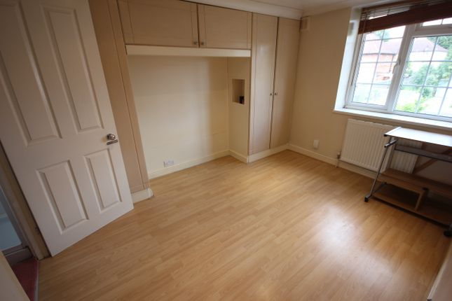 Thumbnail End terrace house to rent in Hook Walk, Edgware
