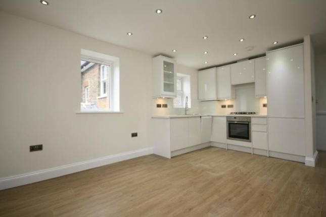 Thumbnail Flat to rent in Braton Way, London