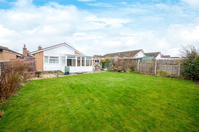 Thumbnail Detached bungalow for sale in Hale Close, Melbourn, Royston