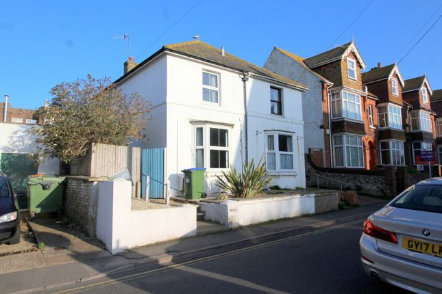 Thumbnail Property to rent in Sutton Road, Seaford