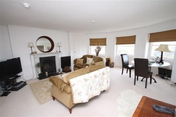 Thumbnail Flat to rent in Alexander Terrace, Liverpool Gardens, Worthing