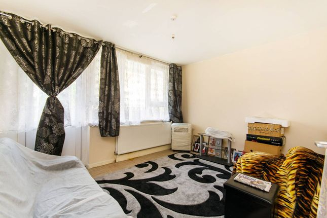 2 bed flat for sale in Cator Street, Peckham