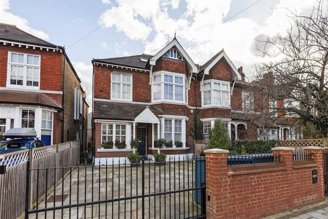 4 bed property for sale in Rodenhurst Road, London