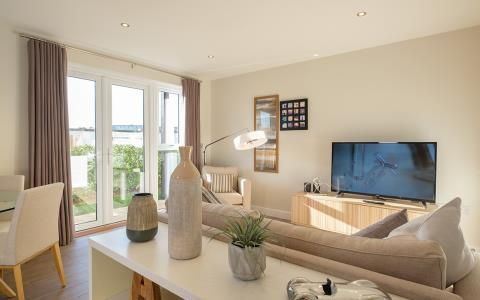 Thumbnail Flat for sale in Bleriot Gate, Station Road, Addlestone