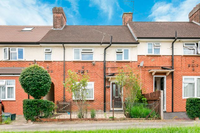 3 bed terraced house for sale in Alexander Road, London Colney AL2