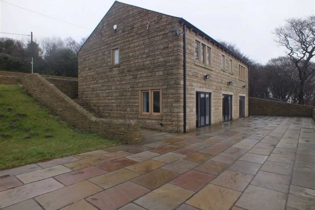 Thumbnail Detached house for sale in Dewsnap Lane, Mottram, Hyde