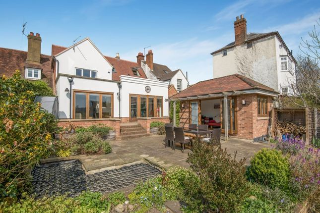Thumbnail Terraced house for sale in Uxbridge Road, Mill End, Rickmansworth