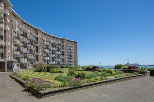 Thumbnail Flat to rent in The Gateway, Dover