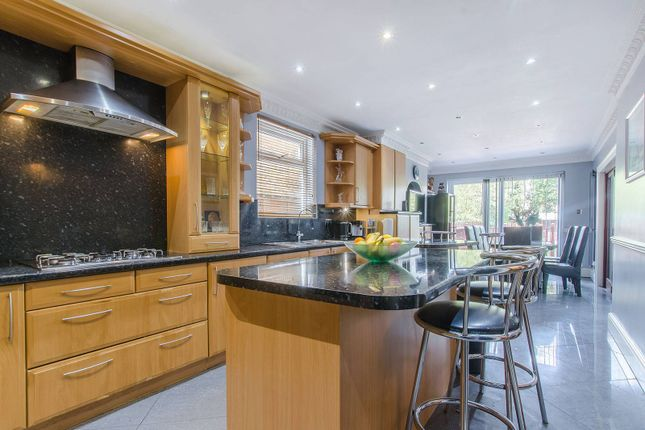 Thumbnail Property for sale in Inchmery Road, Catford, London