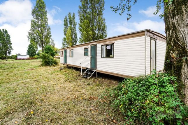 Picture No. 01 of Waterside Holiday Park, Main Road, St Lawrence, Southminster CM0