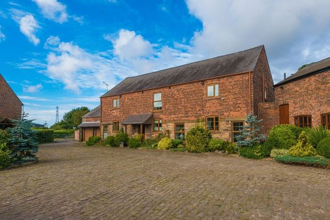 Thumbnail Farmhouse for sale in Mercer Court, Great Altcar, Liverpool