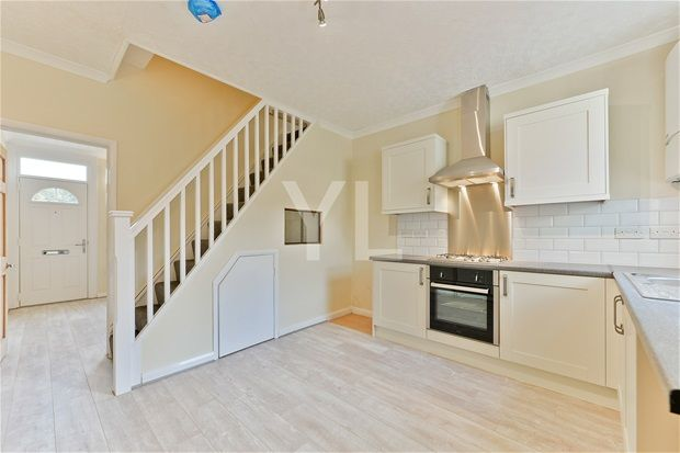 Thumbnail Terraced house to rent in Battle Road, Erith