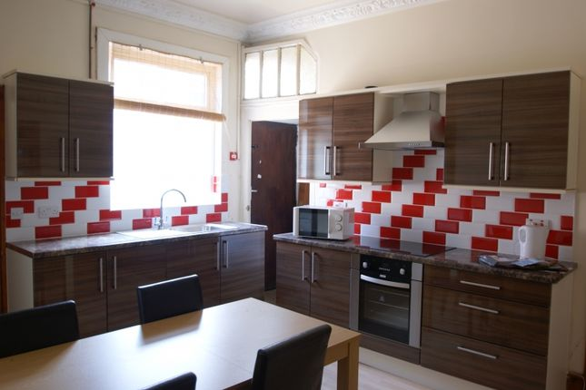 Thumbnail Terraced house to rent in Norwood Road, Hyde Park, Leeds